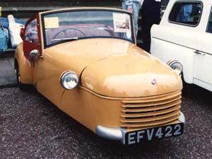 1951 MkA Bond Minicar front view